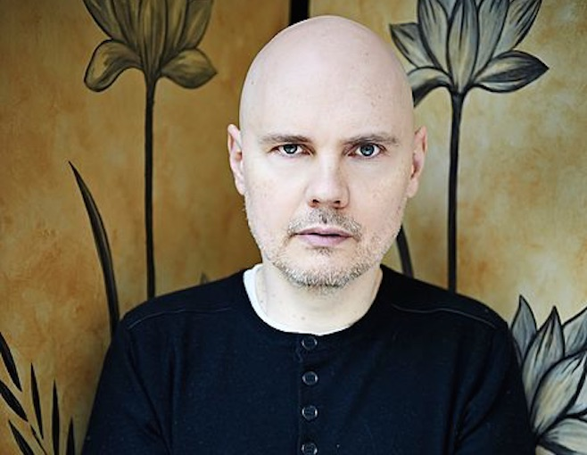 billy-corgan-smashing-pumpkins-prodaje-brdo-opreme